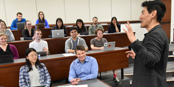 Jason Oh and UCLA Law students in class