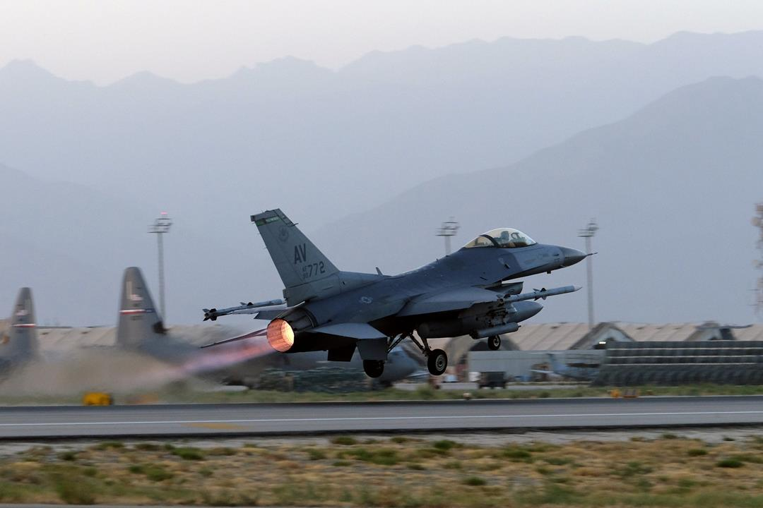 An F-16 Fighting Falcon at Bagram Airfield, Afghanistan, Aug. 22. PHOTO: JOSH SMITH/REUTERSAn F-16 Fighting Falcon at Bagram Airfield, Afghanistan, Aug. 22. PHOTO: JOSH SMITH/REUTERS
