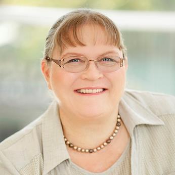 Dr Brenda Biggs