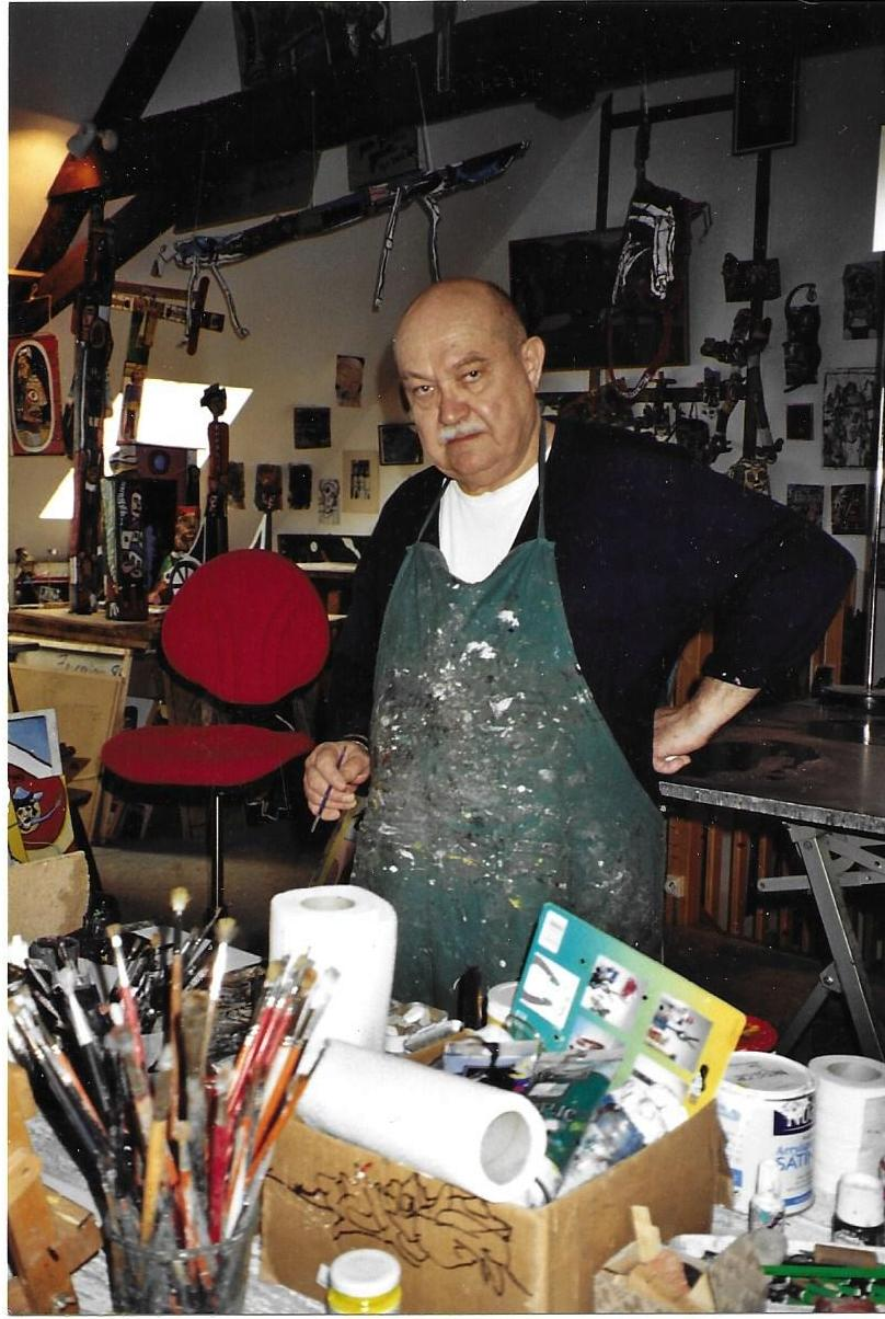 Lacoste in his studio. Photo courtesy of Musée de La Création Franche