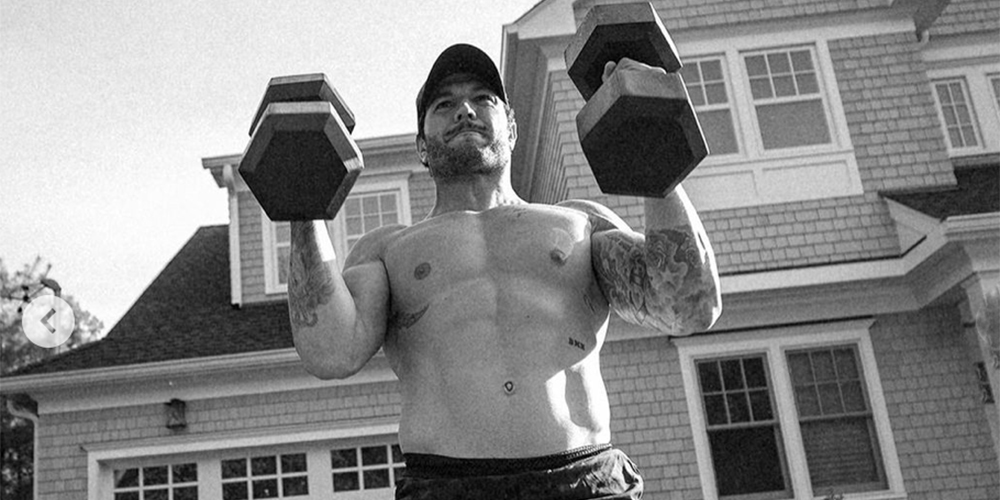 One Workout, $5,000 On the Line; Ten Thousand Holds Online Competition