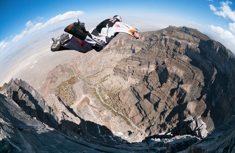 B.A.S.E Jump