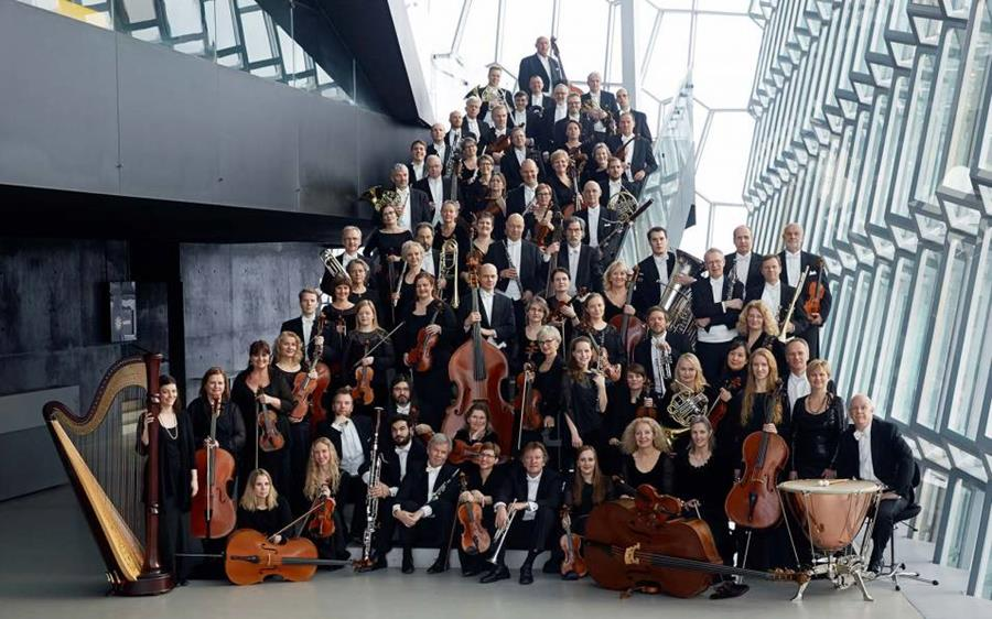 Iceland Symphony Orchestra in group photo