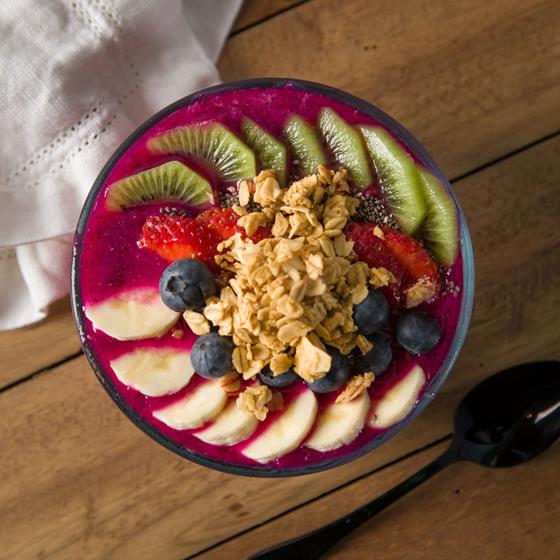 Dragon fruit pitaya bowl