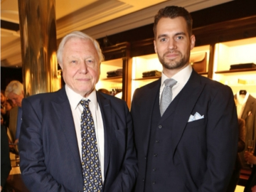 Sir David Attenborough and Henry Cavill at the premiere. © Getty Images.