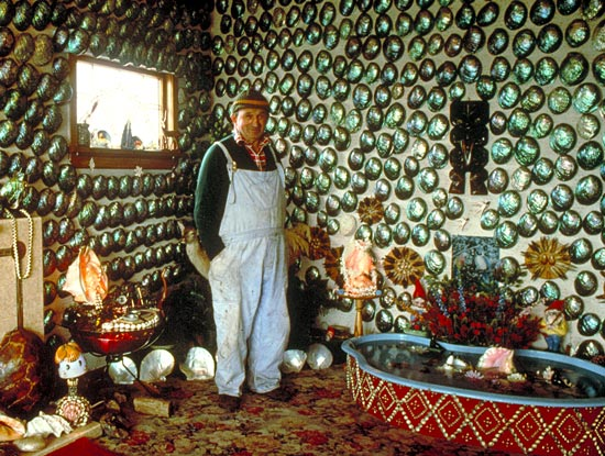 Fred Flutey in his pua-shell house, Bluff