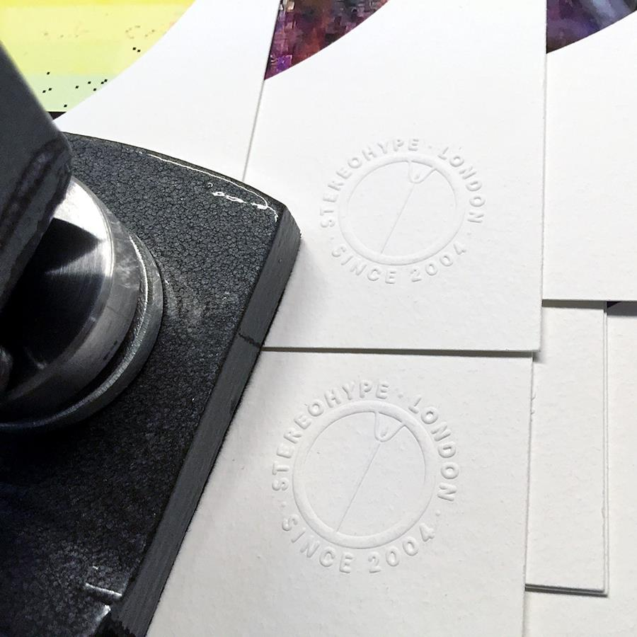 Button Badge Motif Prints – embossed certification seal