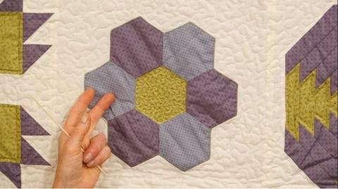 How to sew Hexagons together with Jennie Rayment