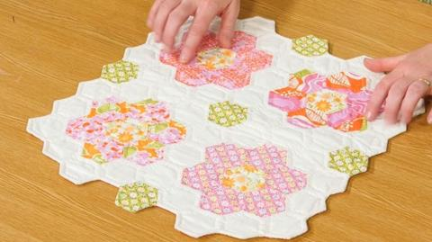 How to Sew Hexagons with Carolyn Forster