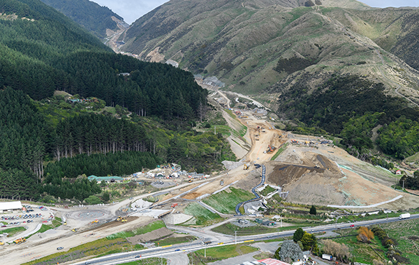 The new motorway route can now be clearly seen winding up the Wainui Saddle from Paekākāriki.