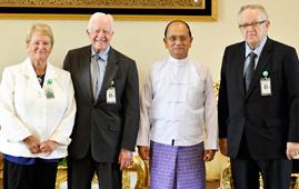 Gro Harlem Brundtland, Jimmy Carter and Martti Ahtisaari with the President of Myanmar